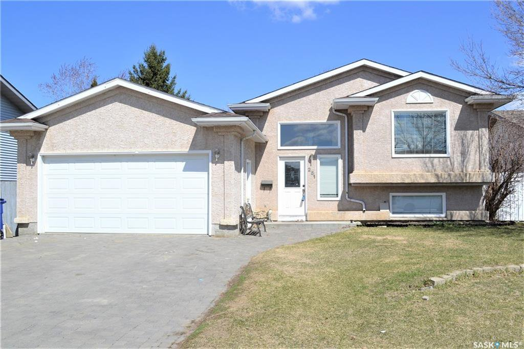 Main Photo: 251 Konihowski Road in Saskatoon: Silverspring Residential for sale : MLS®# SK751304