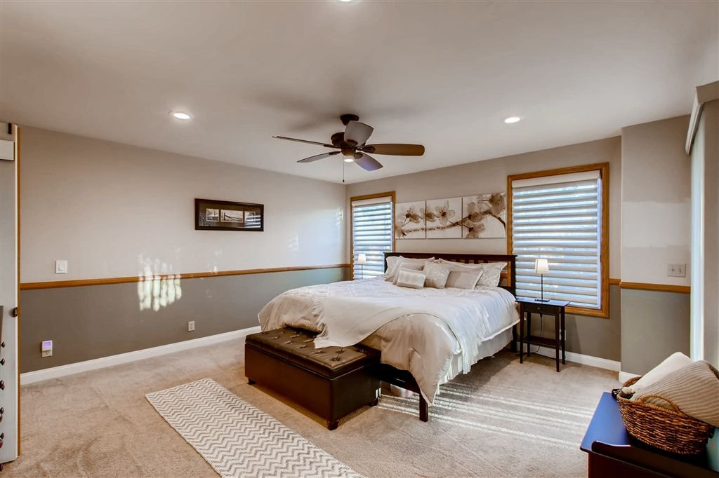 Photo 13: Photos: SOUTHWEST ESCONDIDO House for sale : 4 bedrooms : 1001 Summit Trl in Escondido