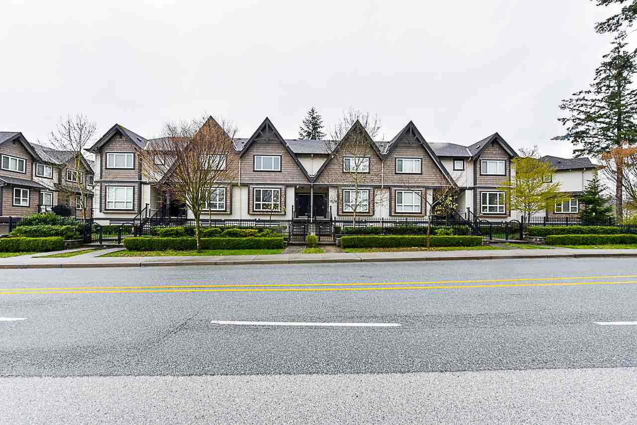 Main Photo: 8 9077 150 Street in Surrey: Bear Creek Green Timbers Townhouse for sale : MLS®# R2355440