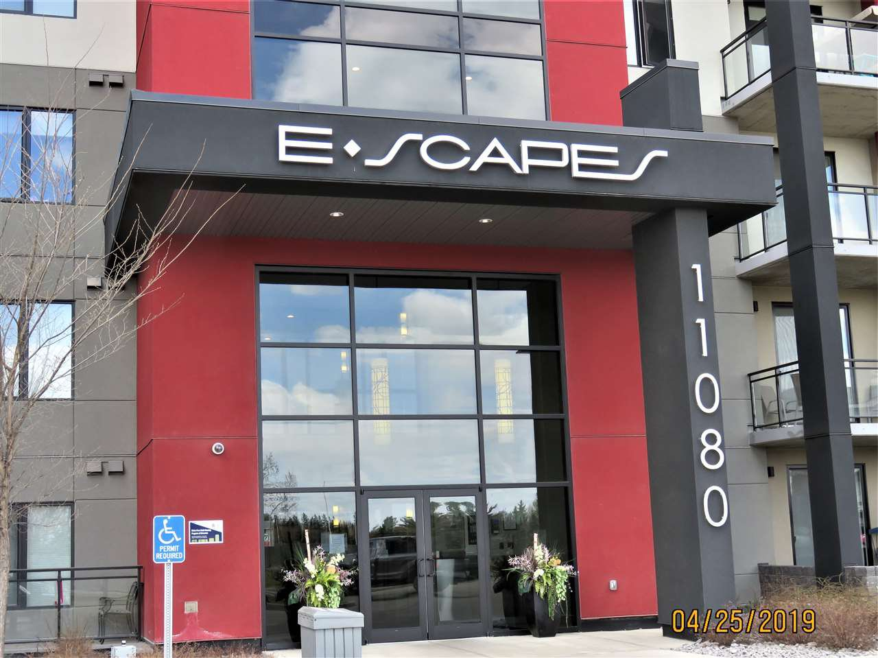 Main Photo: 407 11080 ELLERSLIE Road in Edmonton: Zone 55 Condo for sale : MLS®# E4164392