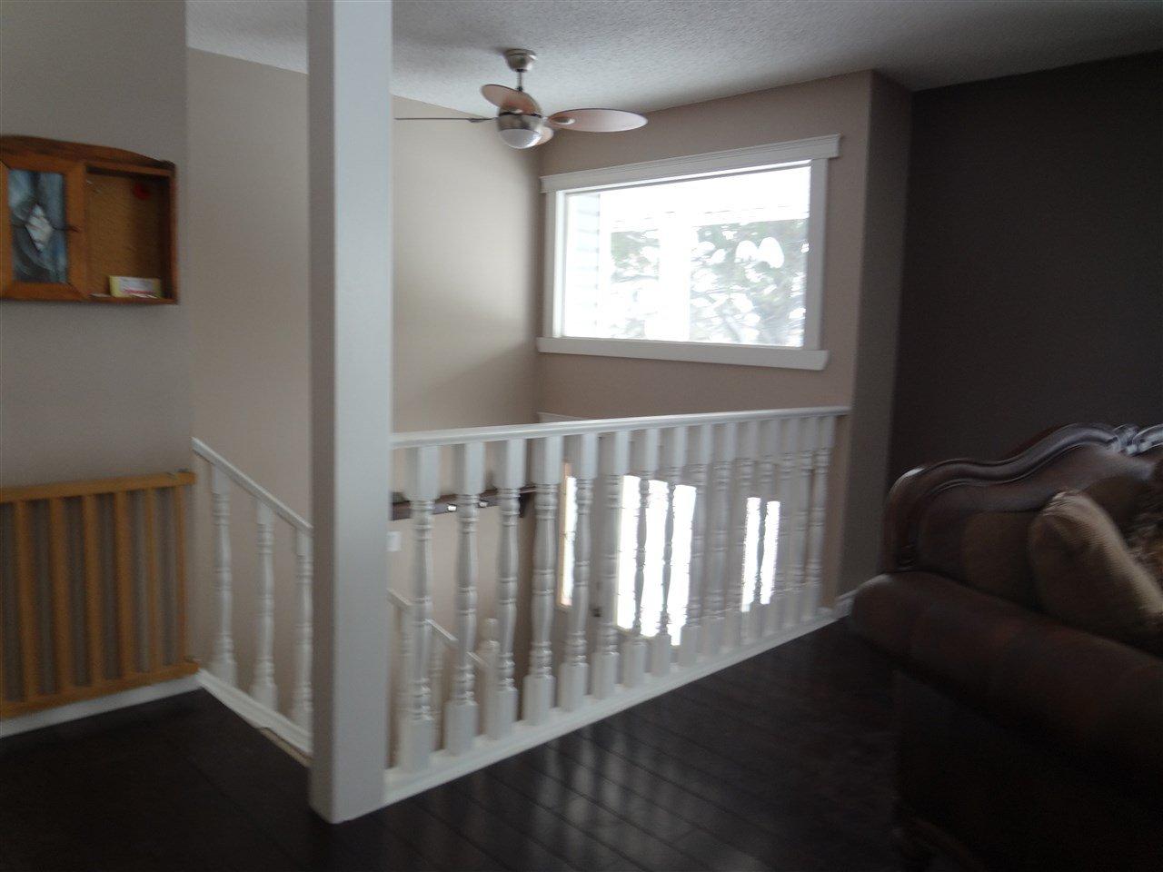Photo 5: Photos: 9804 113 Avenue in Fort St. John: Fort St. John - City NE House for sale (Fort St. John (Zone 60))  : MLS®# R2413891