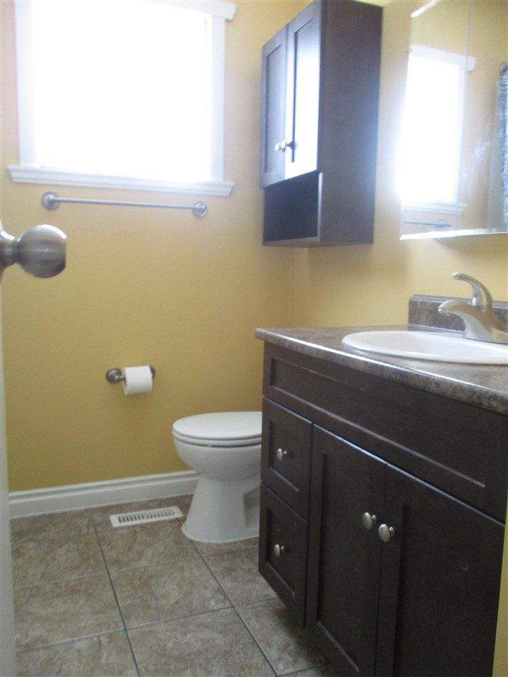 Photo 6: Photos: 9804 113 Avenue in Fort St. John: Fort St. John - City NE House for sale (Fort St. John (Zone 60))  : MLS®# R2413891