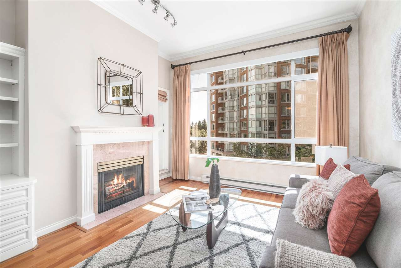 """Main Photo: 424 5735 HAMPTON Place in Vancouver: University VW Condo for sale in """"THE BRISTOL"""" (Vancouver West)  : MLS®# R2480734"""
