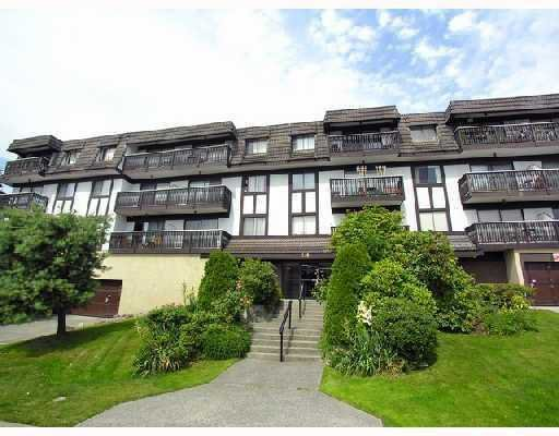 Main Photo: : House for sale : MLS®# V752214