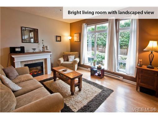 Photo 4: Photos: 104 2747 Jacklin Road in VICTORIA: La Langford Proper Condo Apartment for sale (Langford)  : MLS®# 333113