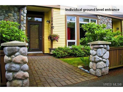 Photo 2: Photos: 104 2747 Jacklin Road in VICTORIA: La Langford Proper Condo Apartment for sale (Langford)  : MLS®# 333113