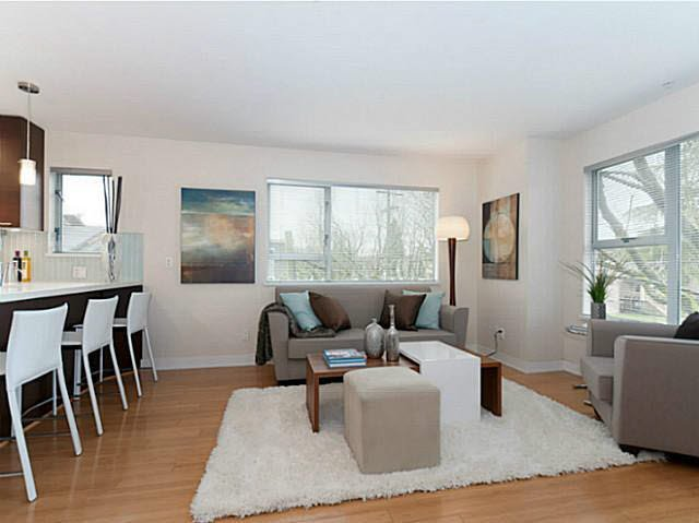 Photo 4: Photos: 3098 QUEBEC ST in Vancouver: Mount Pleasant VE Townhouse for sale (Vancouver East)  : MLS®# V1032344