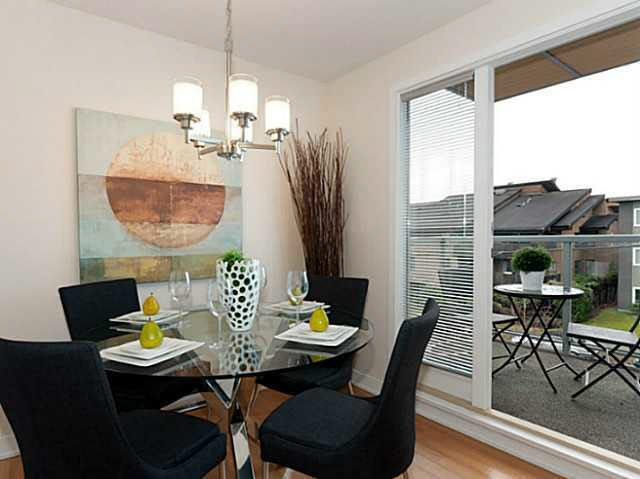 Photo 6: Photos: 3098 QUEBEC ST in Vancouver: Mount Pleasant VE Townhouse for sale (Vancouver East)  : MLS®# V1032344