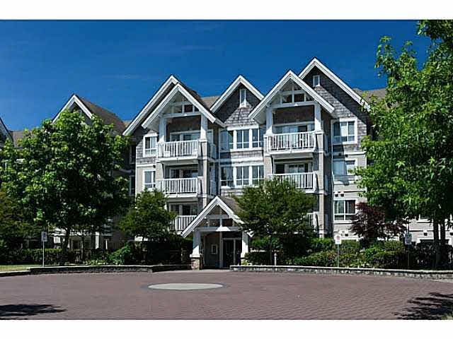 "Main Photo: 308 20750 DUNCAN Way in Langley: Langley City Condo for sale in ""FAIRFIELD LANE"" : MLS®# F1451341"