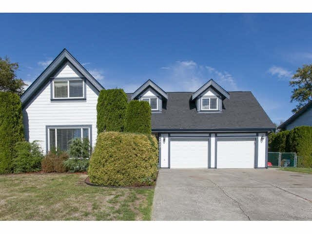 Main Photo: 26915 ALDER Drive in Langley: Aldergrove Langley House for sale : MLS®# F1451377