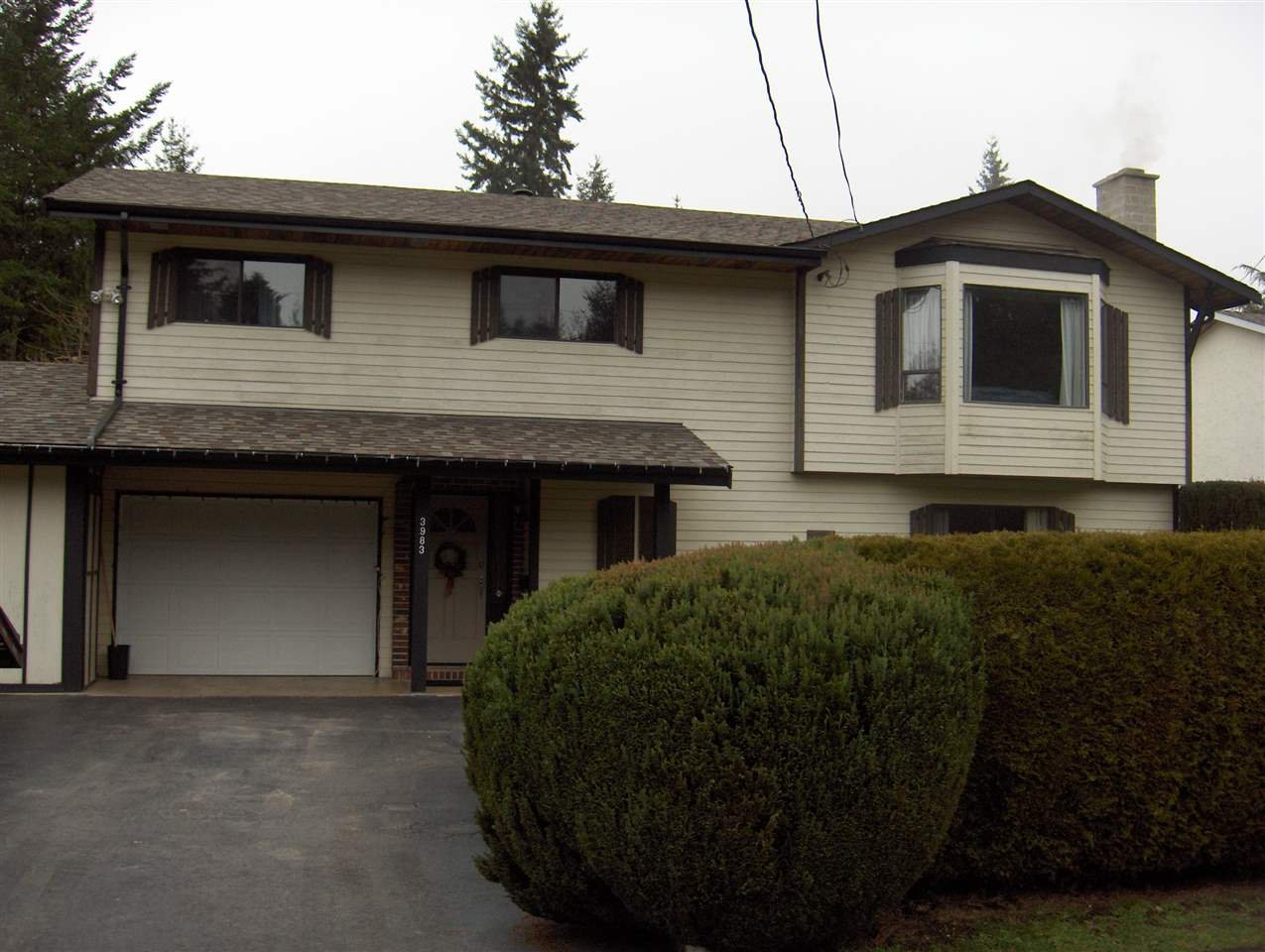 "Photo 1: Photos: 3983 202A Street in Langley: Brookswood Langley House for sale in ""BROOKSWOOD"" : MLS®# R2047581"