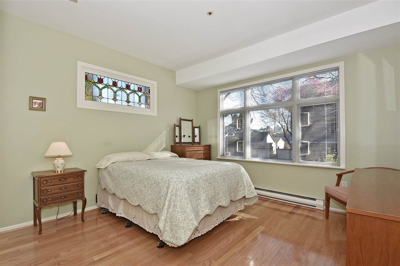 """Photo 14: Photos: 1903 W 14TH Avenue in Vancouver: Kitsilano Townhouse for sale in """"KITSILANO"""" (Vancouver West)  : MLS®# R2051736"""