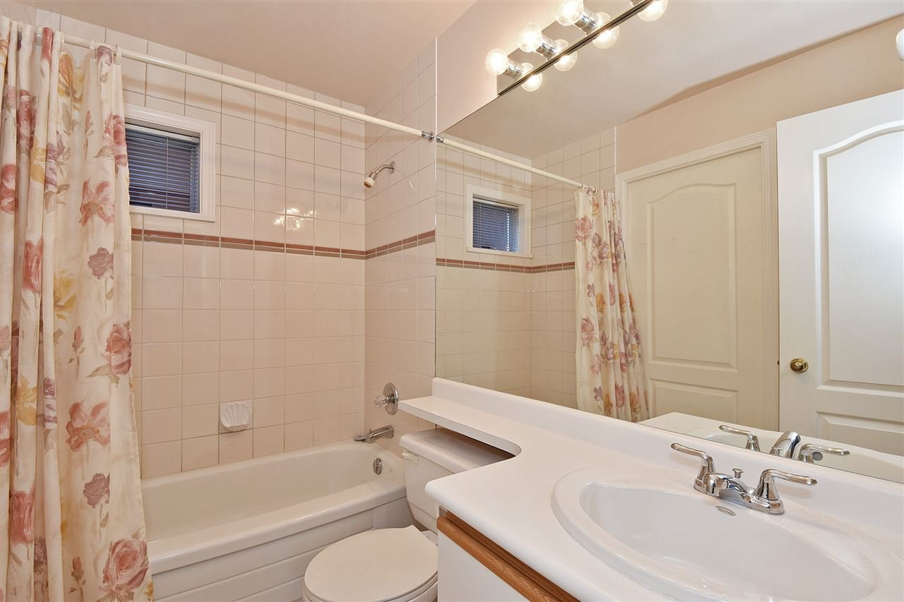 """Photo 11: Photos: 1903 W 14TH Avenue in Vancouver: Kitsilano Townhouse for sale in """"KITSILANO"""" (Vancouver West)  : MLS®# R2051736"""