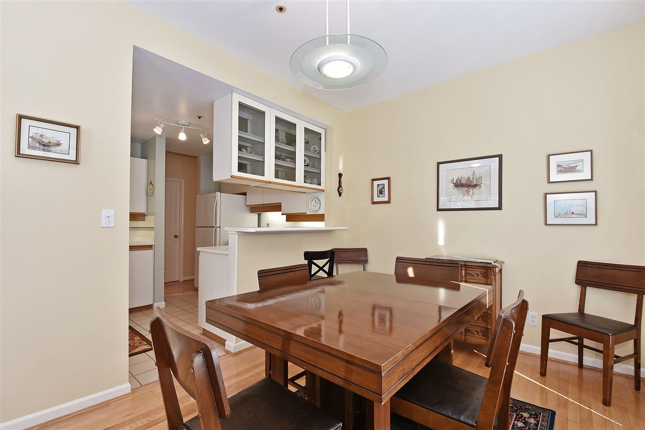 """Photo 6: Photos: 1903 W 14TH Avenue in Vancouver: Kitsilano Townhouse for sale in """"KITSILANO"""" (Vancouver West)  : MLS®# R2051736"""