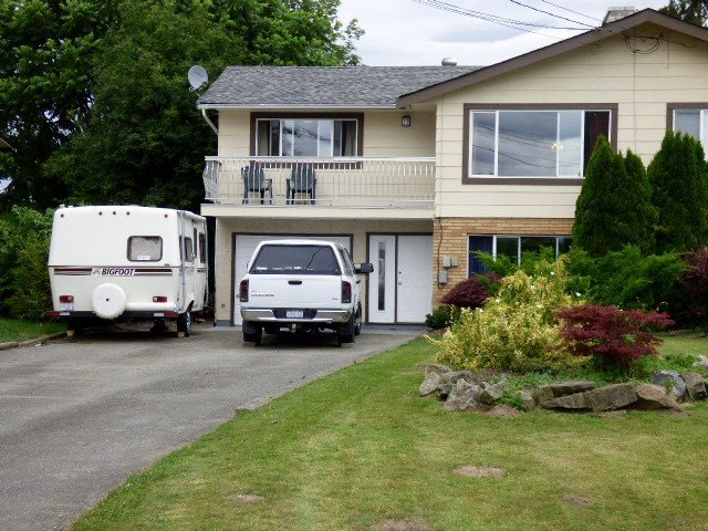 Photo 18: Photos: 2 9622 PAULA Crescent in Chilliwack: Chilliwack E Young-Yale 1/2 Duplex for sale : MLS®# R2078919