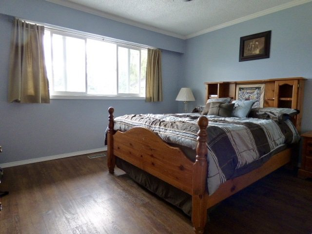 Photo 12: Photos: 2 9622 PAULA Crescent in Chilliwack: Chilliwack E Young-Yale 1/2 Duplex for sale : MLS®# R2078919