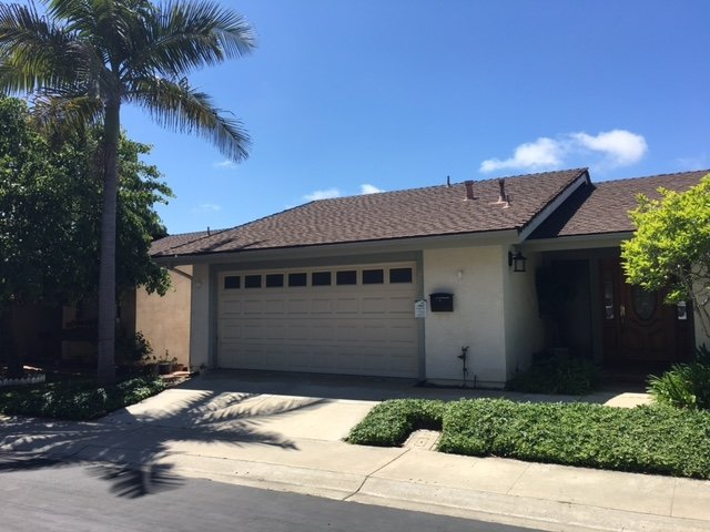 Main Photo: CLAIREMONT Townhome for sale : 2 bedrooms : 4468 Caminito Pedernal in San Diego