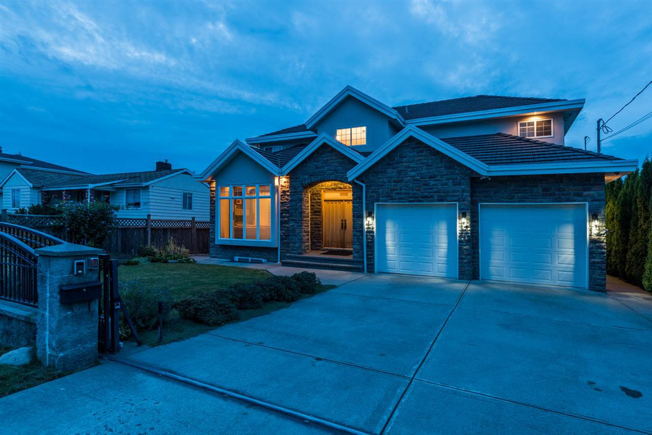 Main Photo: 5525 KINCAID Street in Burnaby: Deer Lake Place House for sale (Burnaby South)  : MLS®# R2099870