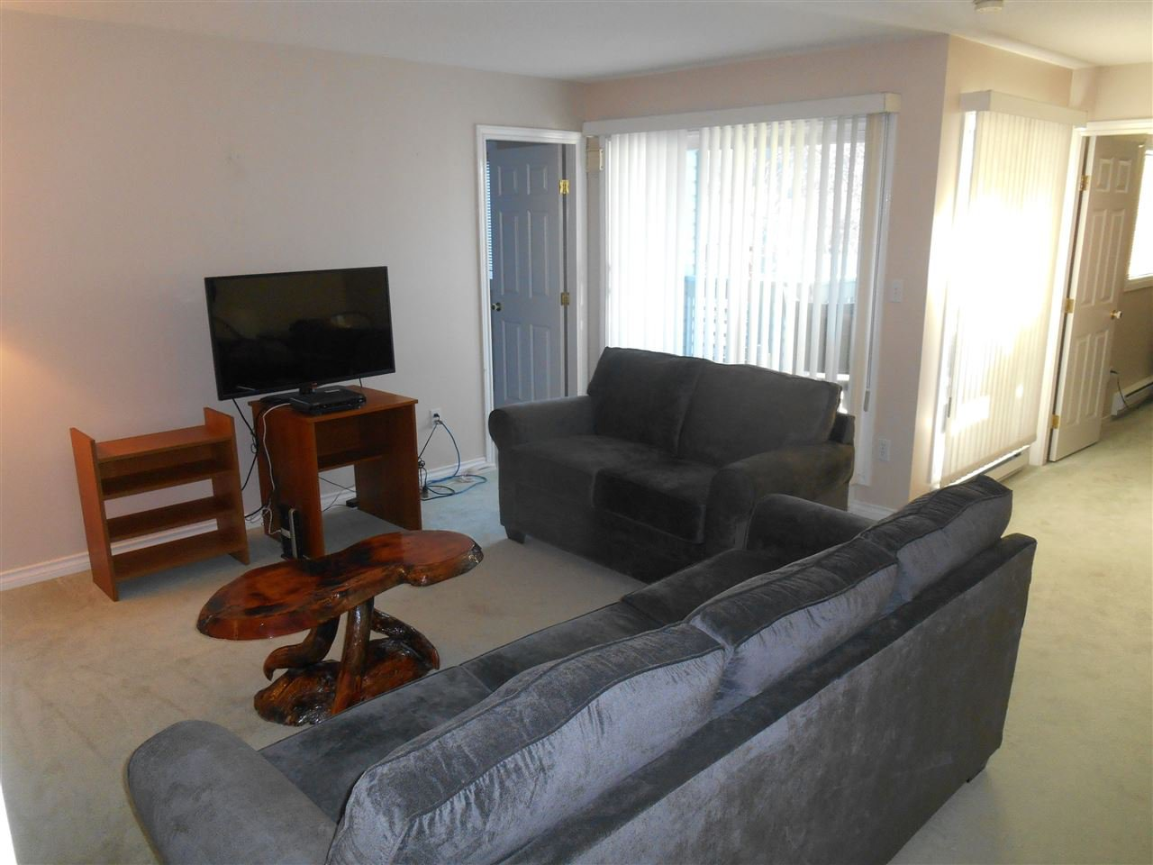 Photo 7: Photos: 321 3033 OSPIKA Boulevard in Prince George: Carter Light Condo for sale (PG City West (Zone 71))  : MLS®# R2137642