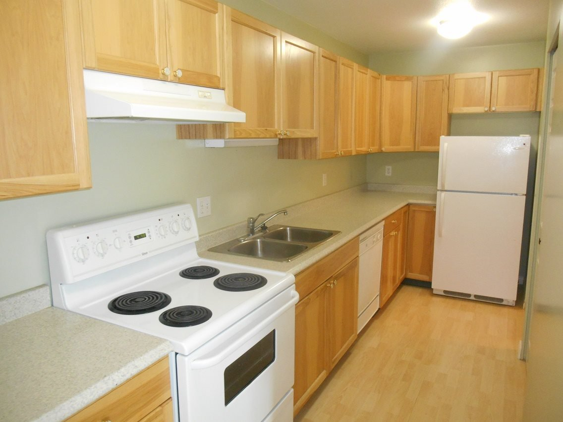 Photo 4: Photos: 321 3033 OSPIKA Boulevard in Prince George: Carter Light Condo for sale (PG City West (Zone 71))  : MLS®# R2137642