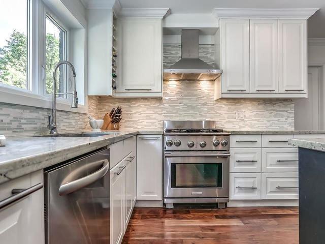 Photo 7: Photos: 98 Edenbridge Drive in Toronto: Edenbridge-Humber Valley House (2-Storey) for sale (Toronto W08)  : MLS®# W3877714