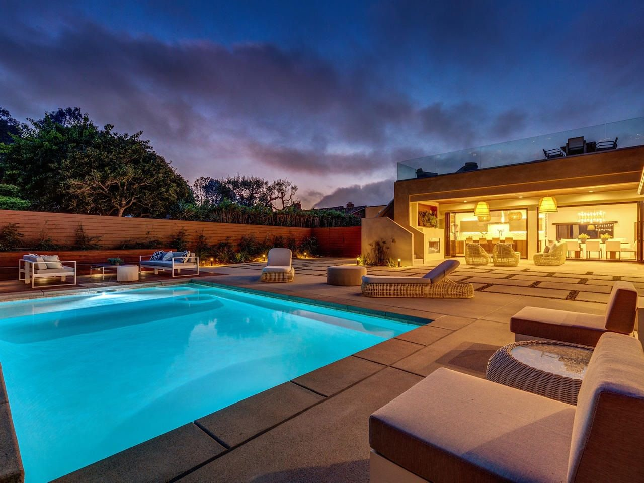 Main Photo: LA JOLLA House for sale : 4 bedrooms : 2345 Via Siena
