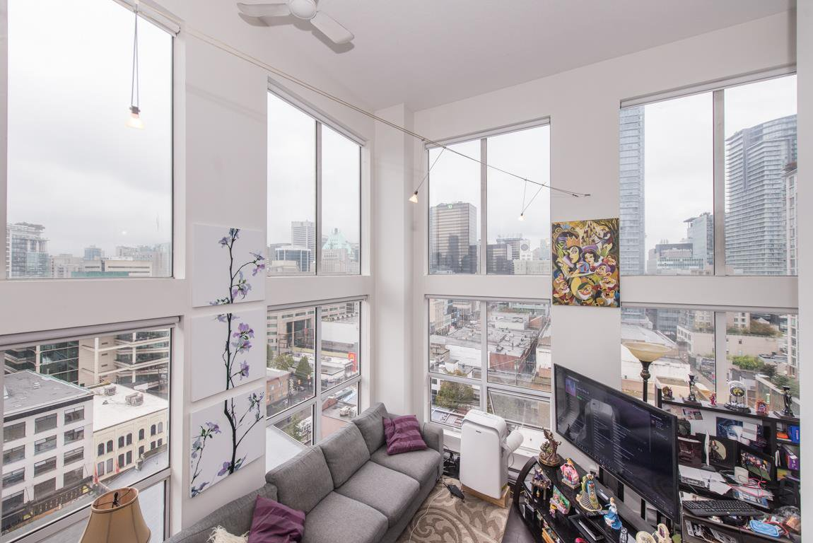"""Main Photo: 1001 933 SEYMOUR Street in Vancouver: Downtown VW Condo for sale in """"The Spot"""" (Vancouver West)  : MLS®# R2212906"""