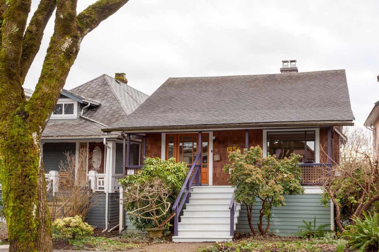 "Main Photo: 1956 E 13TH Avenue in Vancouver: Grandview VE House for sale in ""TROUT LAKE - COMMERCIAL DRIVE"" (Vancouver East)  : MLS®# R2239330"
