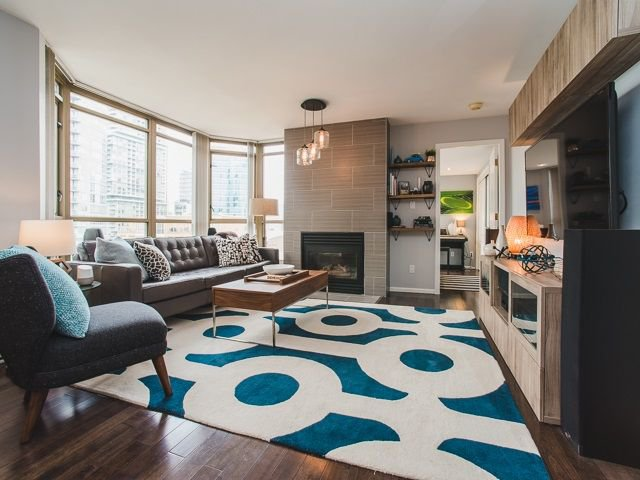 "Main Photo: 2106 867 HAMILTON Street in Vancouver: Downtown VW Condo for sale in ""Jardine's Lookout"" (Vancouver West)  : MLS®# R2246712"