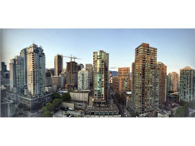 Main Photo: 2403 939 Homer Street in Vancouver: Yaletown Condo for sale (Vancouver West)  : MLS®# V1117078