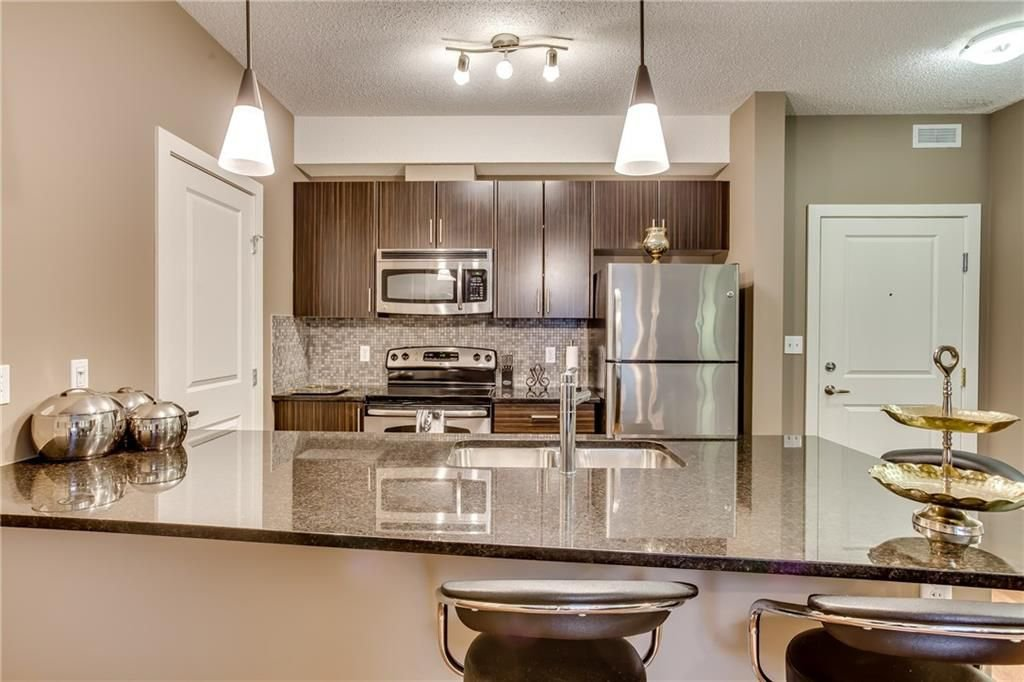 Photo 6: Photos: 336 23 MILLRISE Drive SW in Calgary: Millrise Condo for sale : MLS®# C4183839