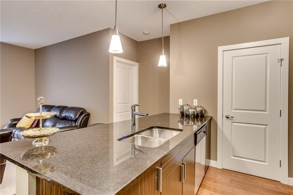 Photo 3: Photos: 336 23 MILLRISE Drive SW in Calgary: Millrise Condo for sale : MLS®# C4183839