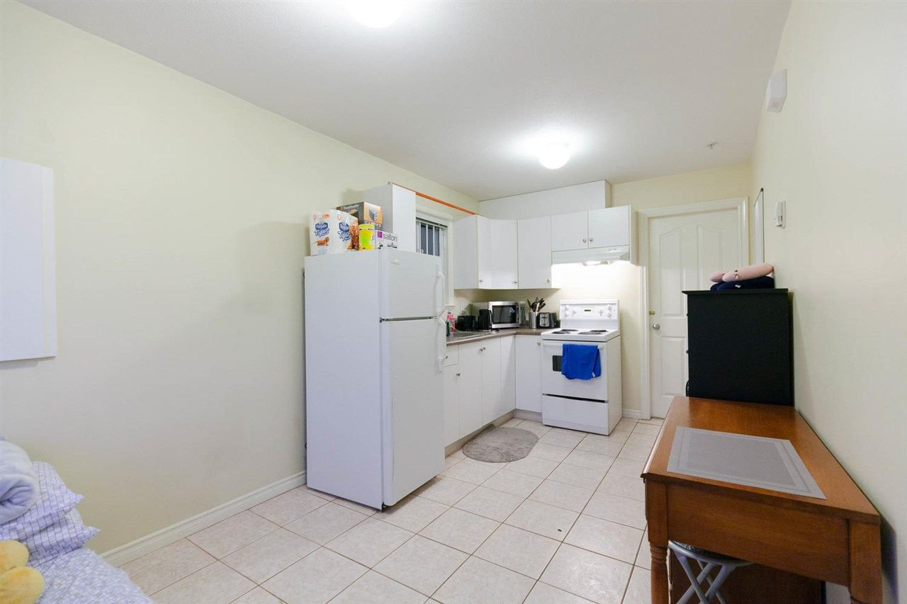 Photo 11: Photos: 1583 EAST 41ST Avenue in Vancouver: Knight House for sale (Vancouver East)  : MLS®# R2308013