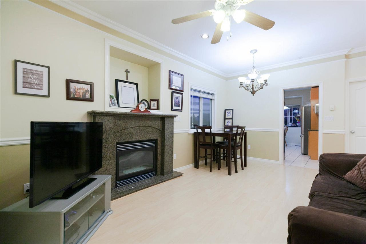 Photo 3: Photos: 1583 EAST 41ST Avenue in Vancouver: Knight House for sale (Vancouver East)  : MLS®# R2308013