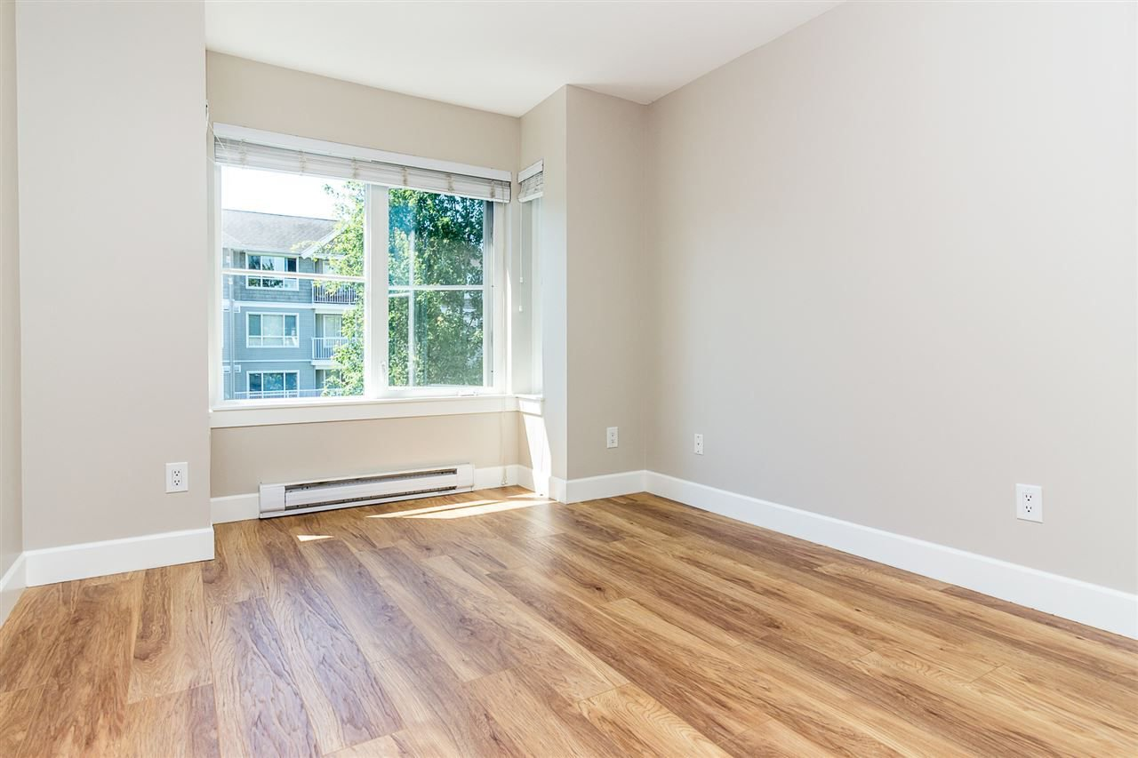 """Photo 10: Photos: 414 12283 224TH Street in Maple Ridge: East Central Condo for sale in """"THE MAXX"""" : MLS®# R2309485"""