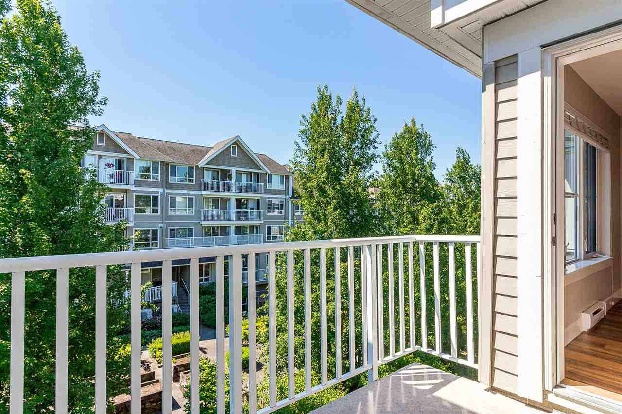 """Photo 14: Photos: 414 12283 224TH Street in Maple Ridge: East Central Condo for sale in """"THE MAXX"""" : MLS®# R2309485"""