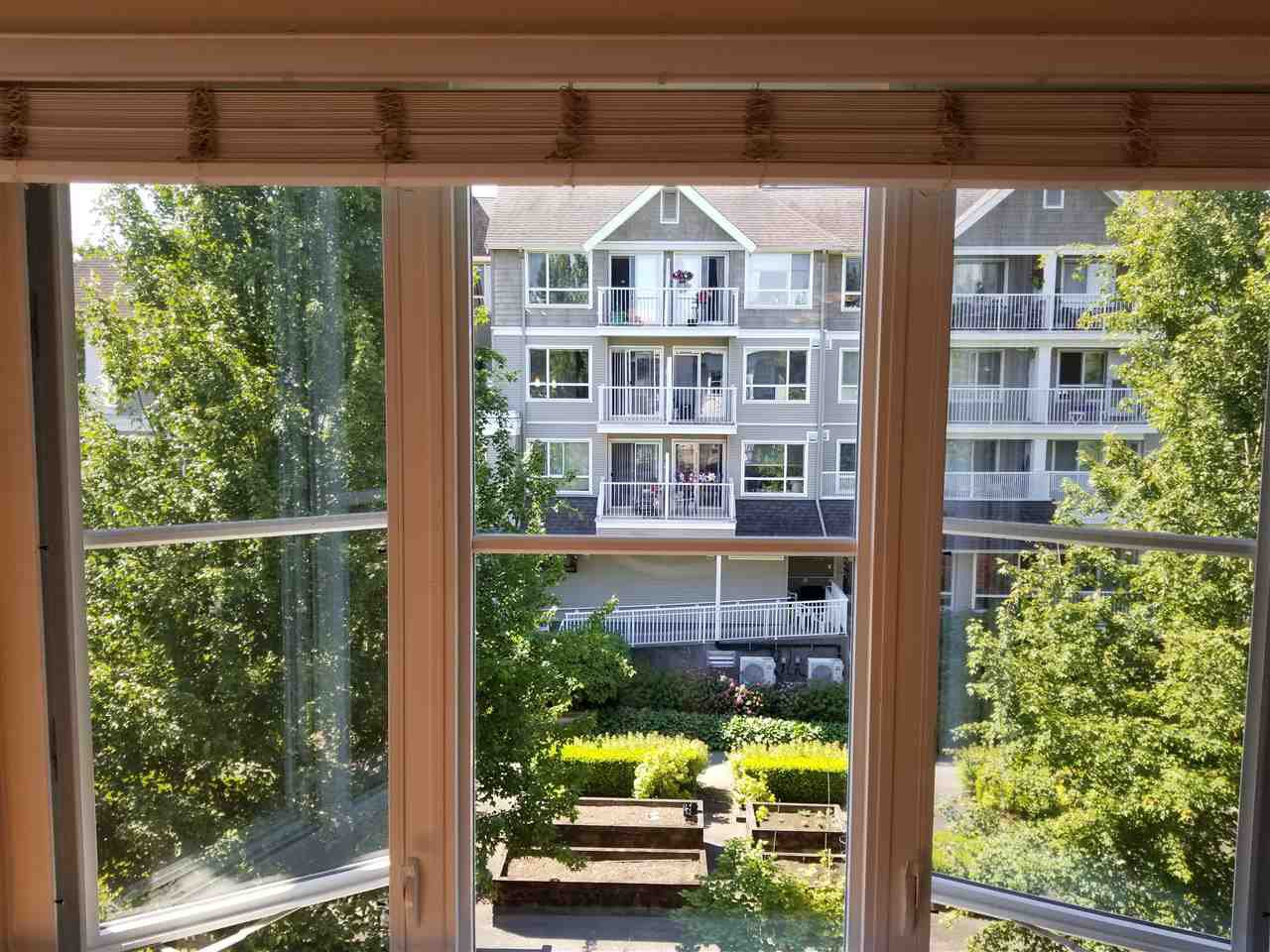 """Photo 16: Photos: 414 12283 224TH Street in Maple Ridge: East Central Condo for sale in """"THE MAXX"""" : MLS®# R2309485"""