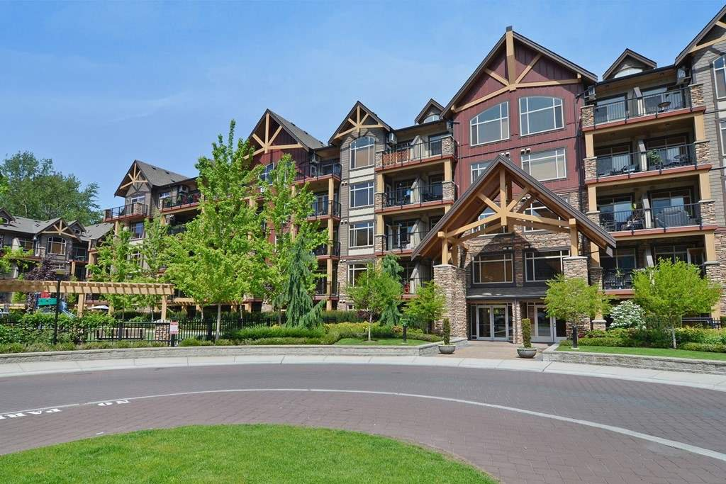 "Main Photo: 416 8328 207A Street in Langley: Willoughby Heights Condo for sale in ""Yorkson Creek"" : MLS®# R2337768"