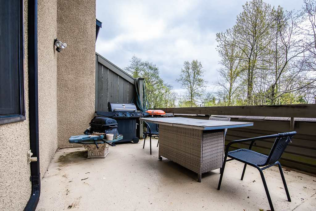 """Photo 20: Photos: 3472 NAIRN Avenue in Vancouver: Champlain Heights Townhouse for sale in """"COUNTRY LANE"""" (Vancouver East)  : MLS®# R2358449"""