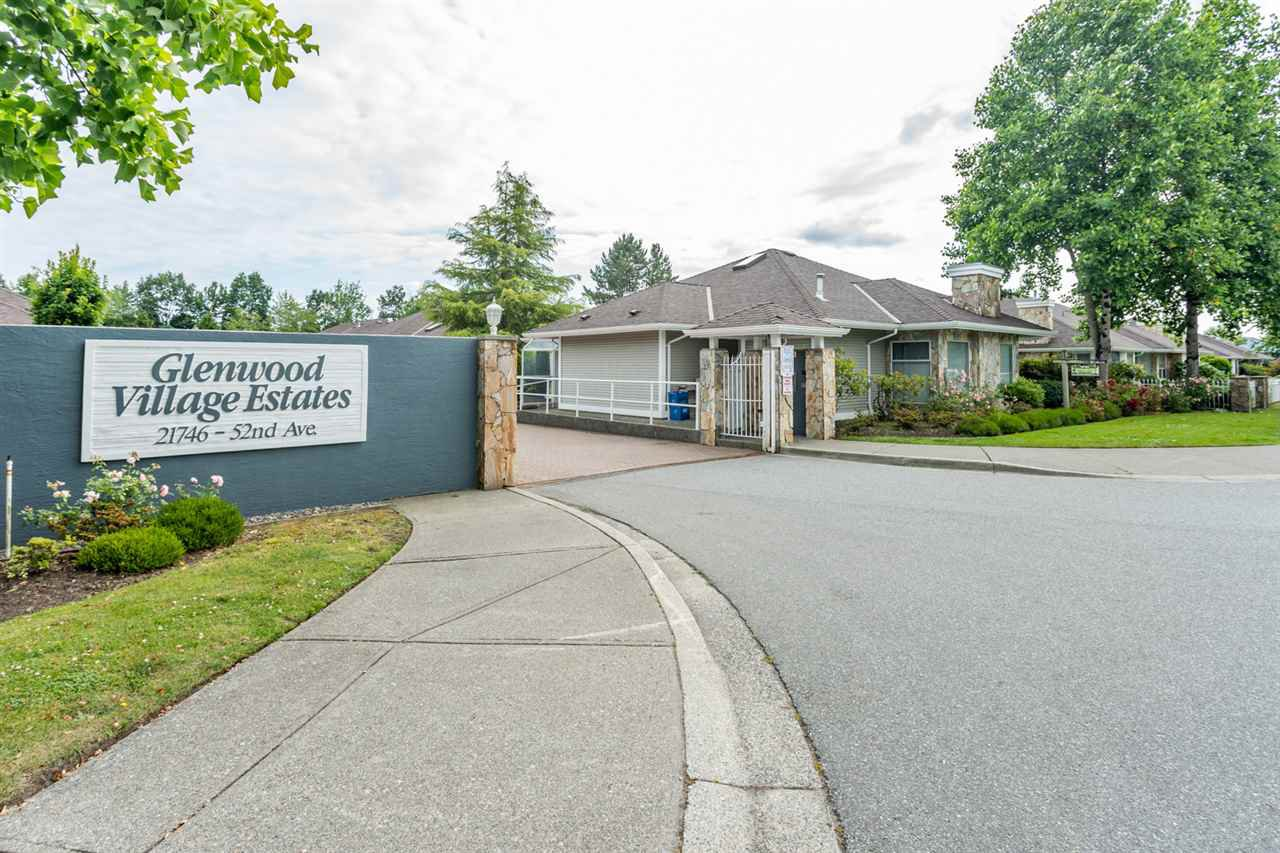 """Main Photo: 5 21746 52 Avenue in Langley: Murrayville Townhouse for sale in """"Glenwood Estates"""" : MLS®# R2386041"""