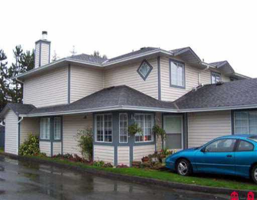 "Main Photo: 104 5360 201ST ST in Langley: Langley City Townhouse for sale in ""Garden Grove"" : MLS®# F2523511"