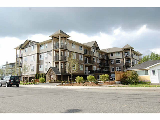 "Main Photo: 310 46053 CHILLIWACK CENTRAL Road in Chilliwack: Chilliwack E Young-Yale Condo for sale in ""THE TUSCANY"" : MLS®# H2151912"