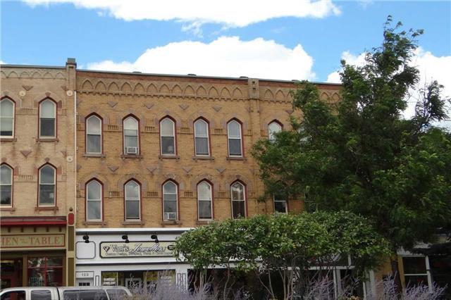 Main Photo: E 123 Broadway: Orangeville Condo for sale : MLS®# W3276702