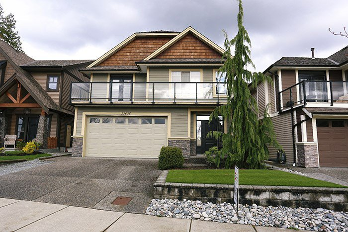 "Main Photo: 23635 BRYANT Drive in Maple Ridge: Silver Valley House for sale in ""ROCK RIDGE"" : MLS®# R2046835"