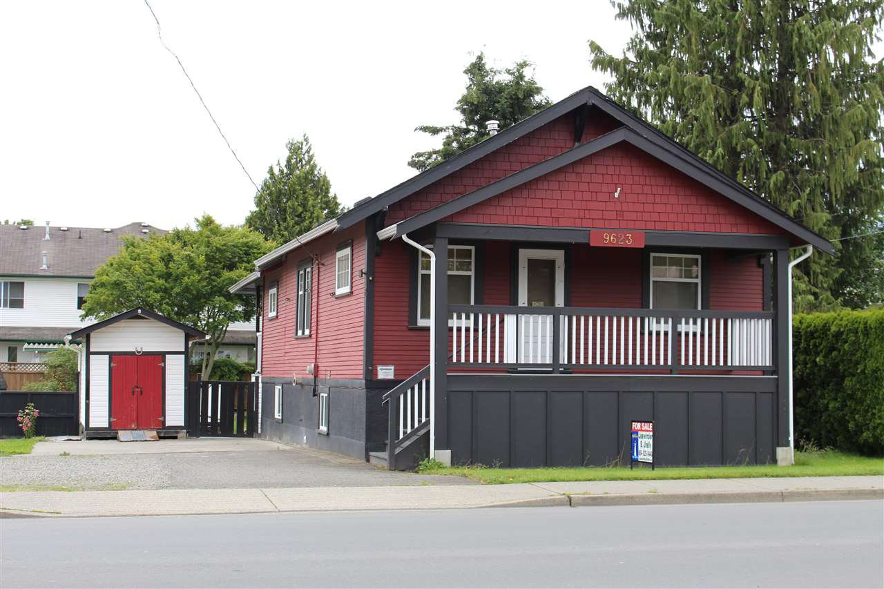 Main Photo: 9623 YOUNG Road in Chilliwack: Chilliwack N Yale-Well House for sale : MLS®# R2075636