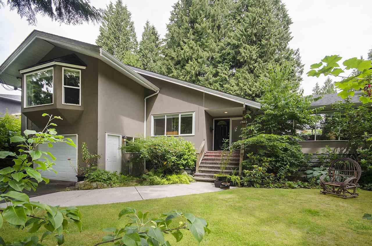 Main Photo: 686 E OSBORNE Road in North Vancouver: Princess Park House for sale : MLS®# R2082991