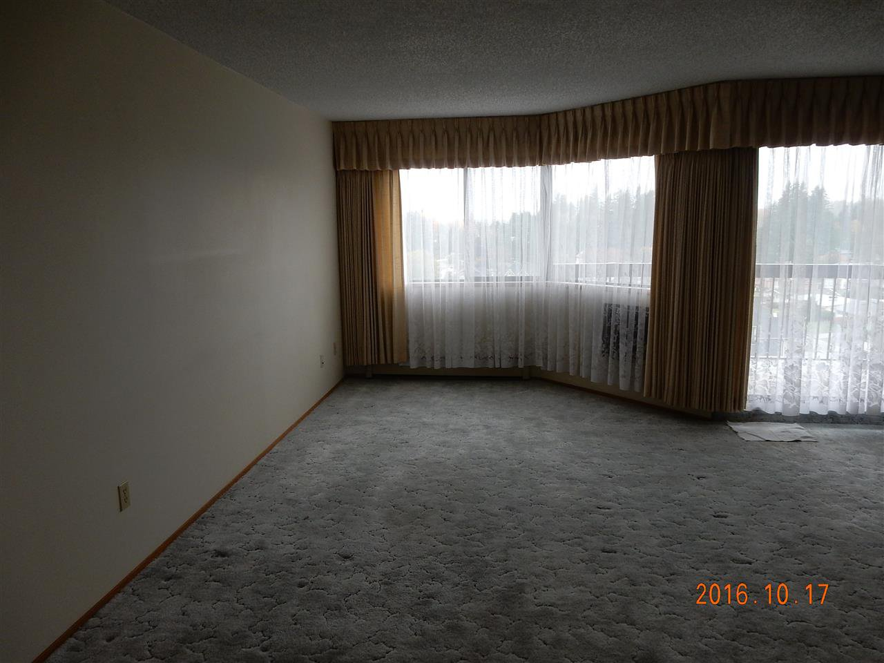 """Photo 7: Photos: 816 31955 OLD YALE Road in Abbotsford: Abbotsford West Condo for sale in """"Evergreen Village"""" : MLS®# R2117382"""