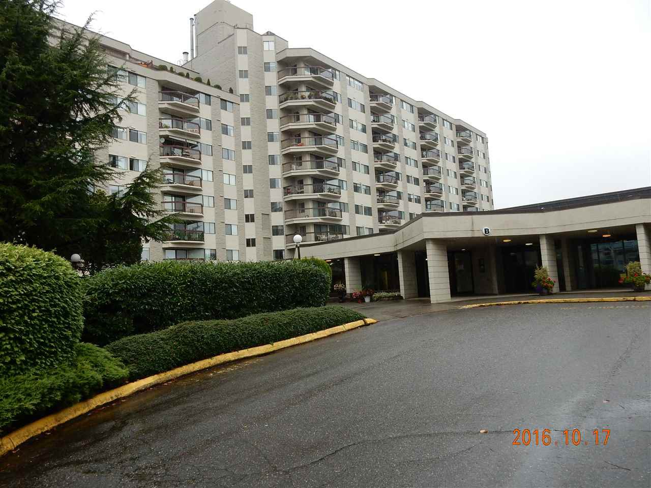 """Photo 2: Photos: 816 31955 OLD YALE Road in Abbotsford: Abbotsford West Condo for sale in """"Evergreen Village"""" : MLS®# R2117382"""