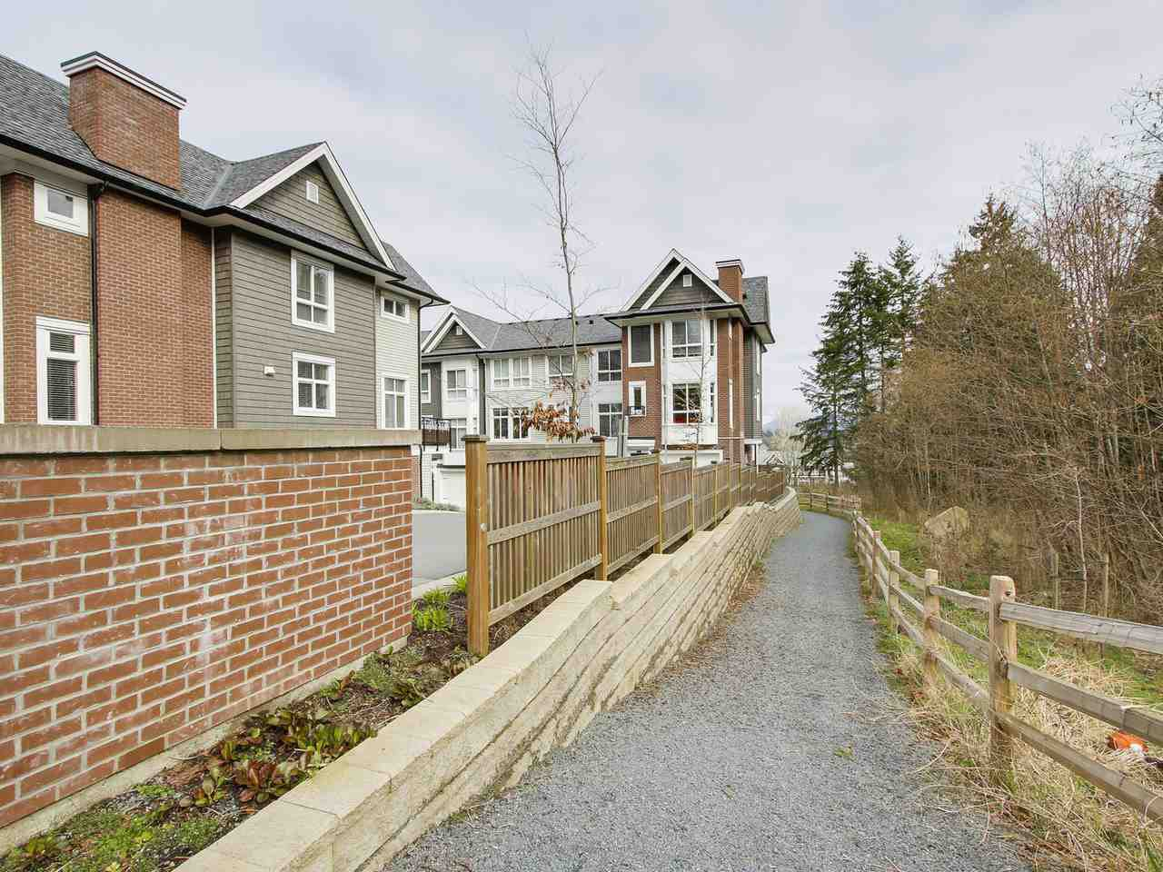 """Photo 19: Photos: 81 14433 60 Avenue in Surrey: Sullivan Station Townhouse for sale in """"Brixton"""" : MLS®# R2152345"""