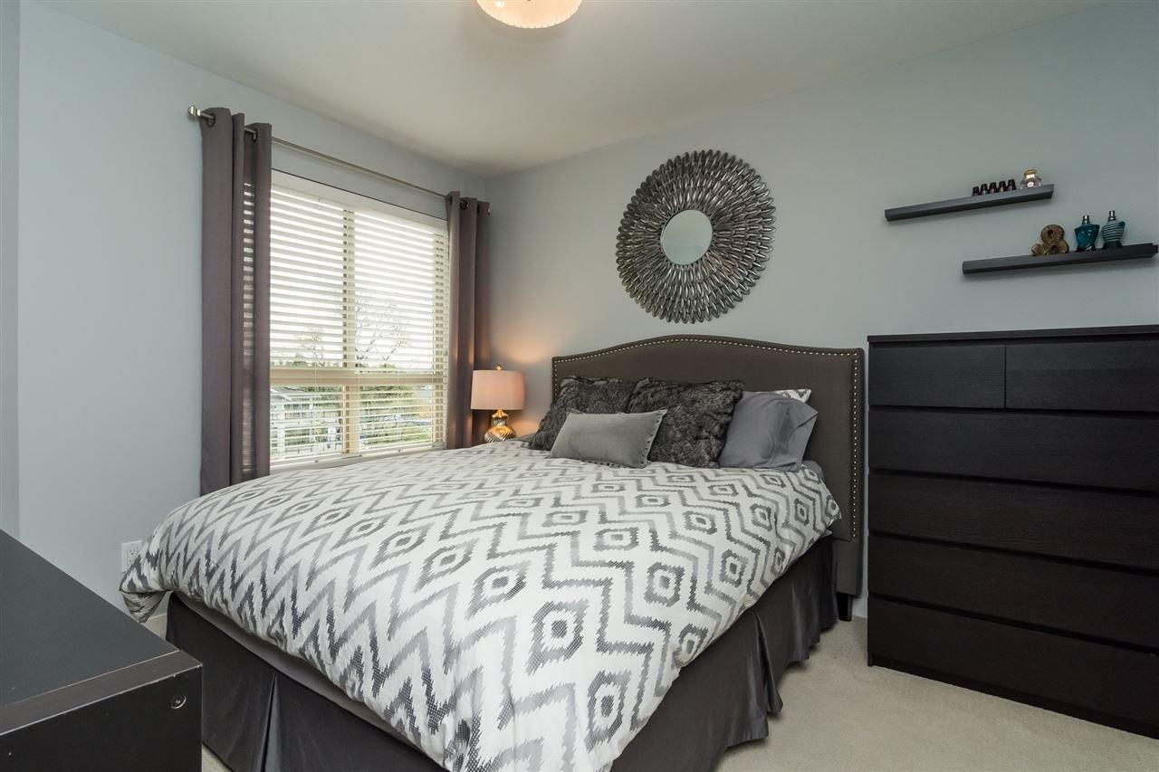 "Photo 12: Photos: 427 21009 56 Avenue in Langley: Salmon River Condo for sale in ""CORNERSTONE"" : MLS®# R2215302"